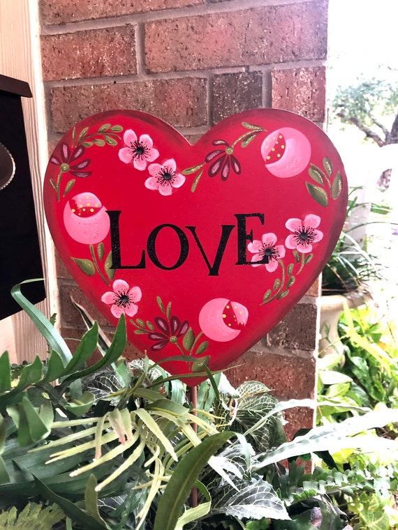HEART LOVE metal VALENTINES Sign, Valentines vase or potted plant Sign, valentine metal yard sign