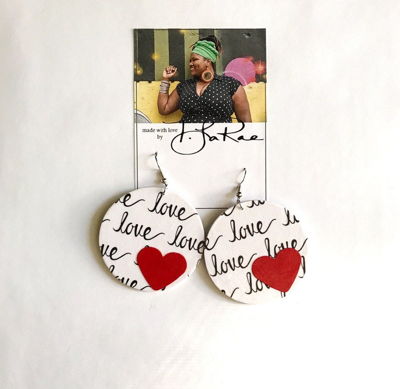 medium circle Spread A Little Love earrings