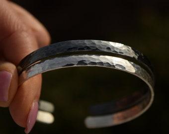 Hammered Custom Bracelet Sterling Silver 925 Hidden Message Cuff Couples Graduation Handwriting Wedding Engraved bracelets Mirror