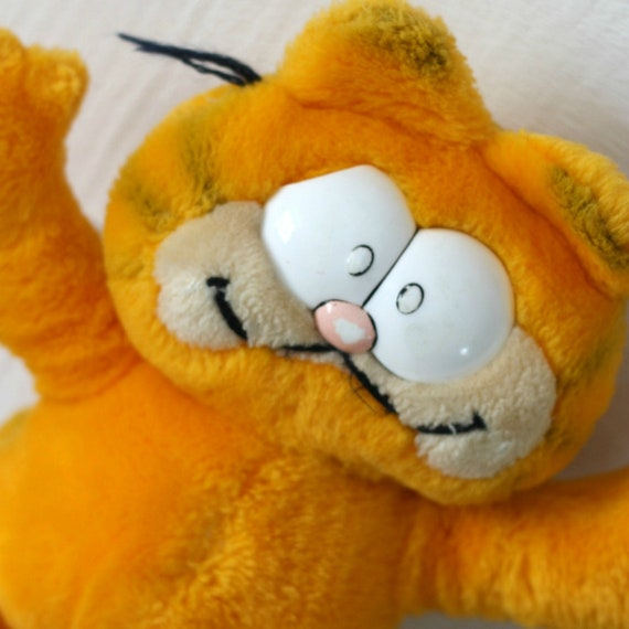 Big Garfield Plush 1981 Garfield Stuff Toy 80s Comics Gift Etsy