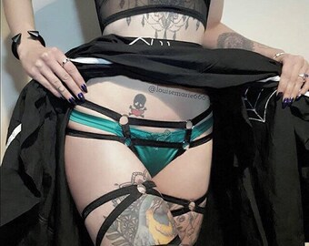 Harness bottoms