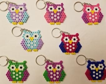 Owl party favor set - Set of 8 keychains or zipper pulls
