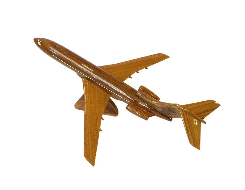 Boeing B727-16x16x7 Wooden handmade airplane