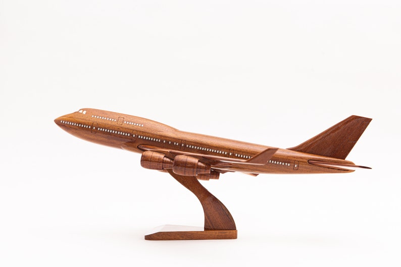Boeing 747 airplane wooden model  image 0