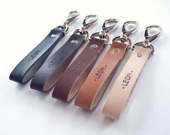 Personalized Leather Keychain, Personalized gift, Leather Keyholder, personalized keychain for men, personalized keychain for women