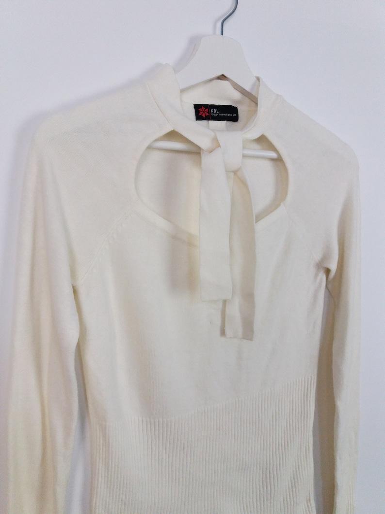 Vintage 90/'s White Knit Minimalist Sweater Neck Tie Detail