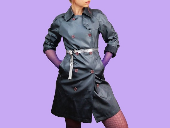 Vintage Y2K  Shiny Trench-coat PVC in Liquid Grey