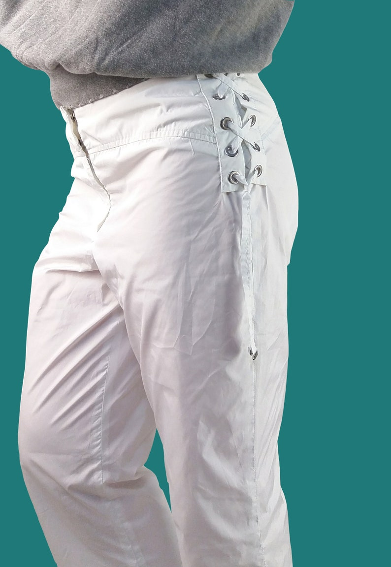 Vintage Y2k AIRFIELD Soft Shell Capri Pants in White Lace-up Waist Festival Rave Shorts size M-L