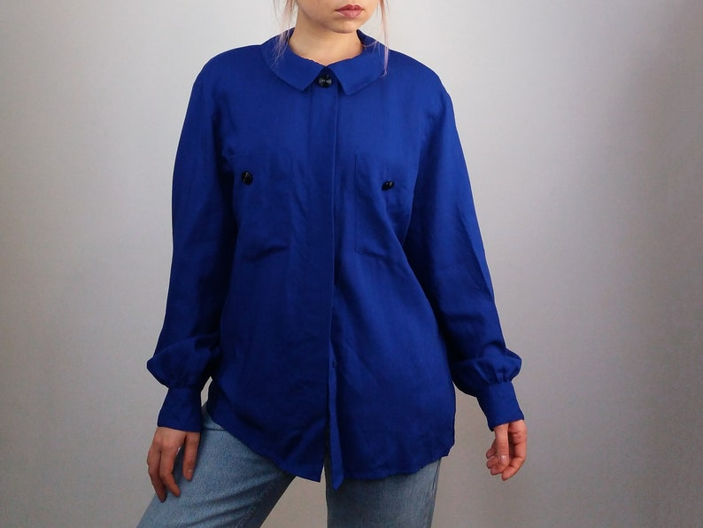 bf6e9326f8b9ef Vintage 80 s Pure Wool Electric Blue Shirt Blouse
