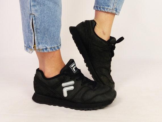 Vintage *Rare* 90's Retro 1999 FILA Black Leather Sneakers Trainers Women's Athletic Shoes ~ size EU 38.5 US 8 uk 5.5 250 cm