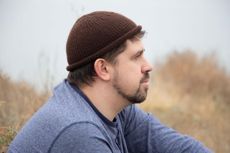 Knitted short beanie men fisherman beanie wool knit hat men  a9318079a0b