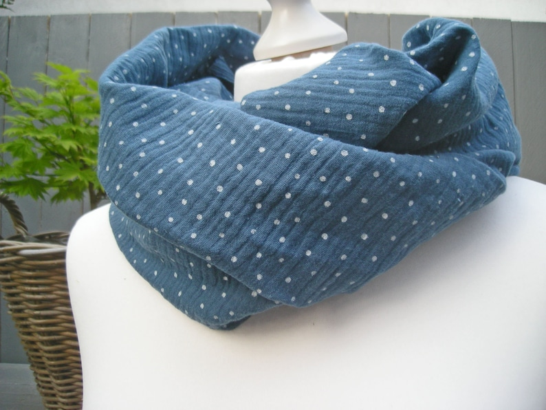 Loop muslin jeans blue with white dots  Round scarf loop image 0