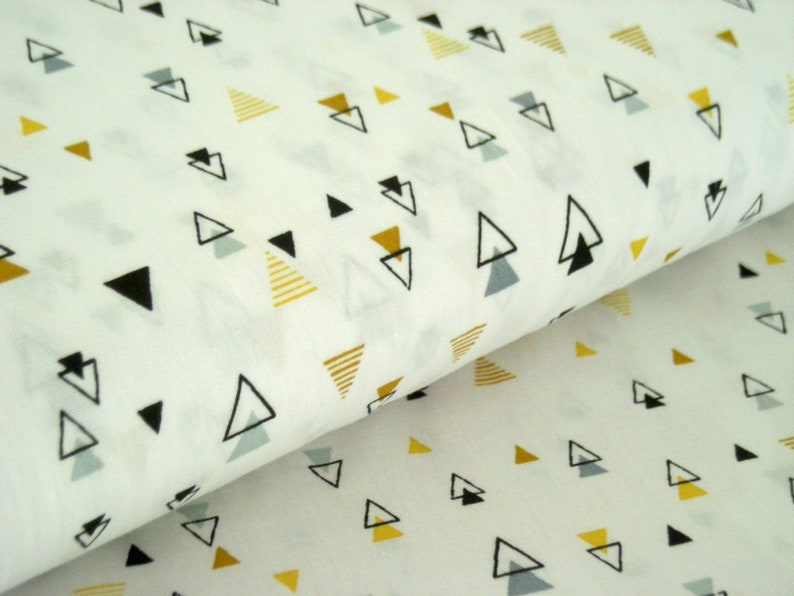 Cotton weaving white with yellow black and grey triangles 50 image 0
