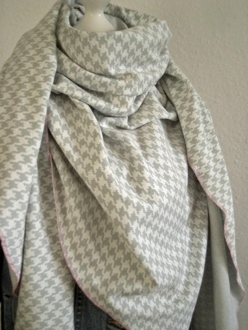 Triangle cloth organic jacquard fabric grey rooster kick image 0