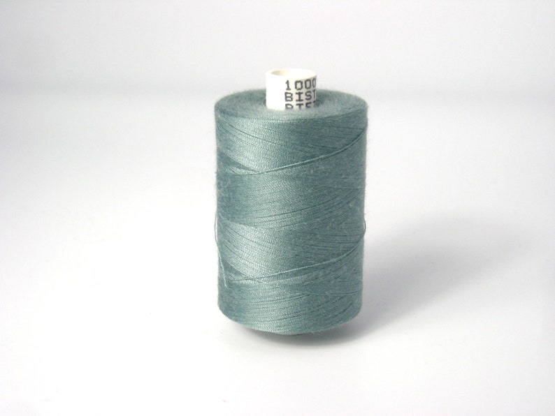 Sewing thread 1000 m roll old green image 0