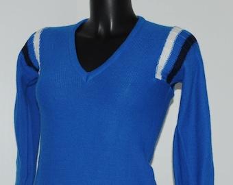 Vintage blue sweater Size 36 FR