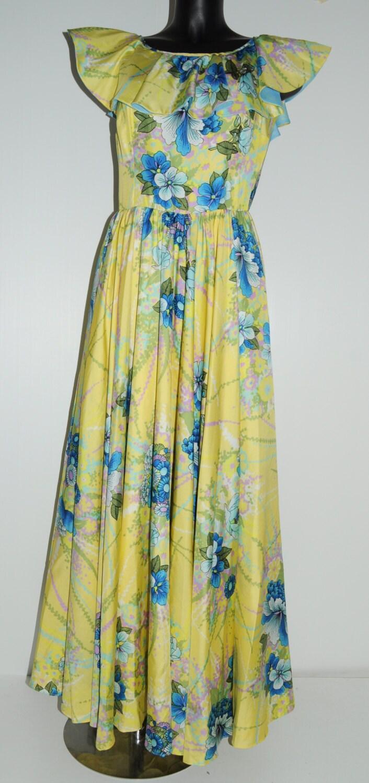 robe longue vintage ann es 70 jaune fleurs avec volants. Black Bedroom Furniture Sets. Home Design Ideas