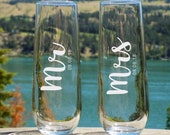 Personalized Wedding Flutes, Couple Champagne Flutes,  Flute Champagne Mariage, Toasting Flutes, Wedding Champagne Glasses,Mr and Mrs