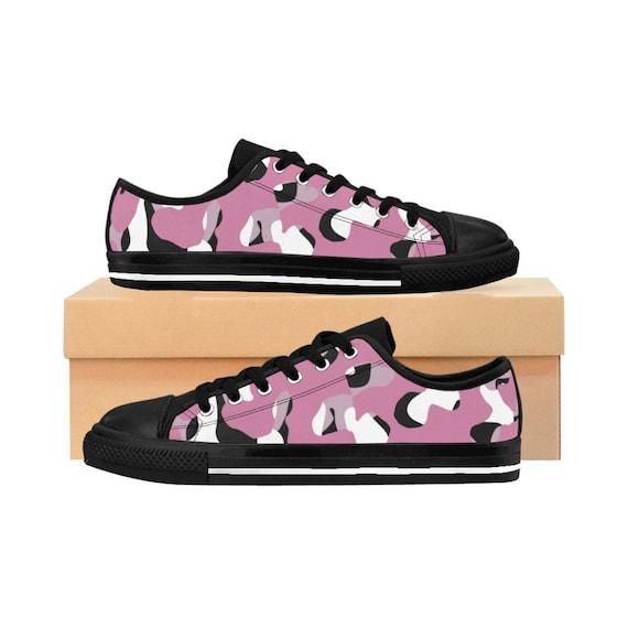 Pink camouflage: Sneakers for women