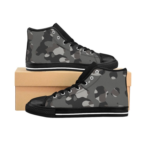 Camouflage 2: Mens HighTop Sneakers