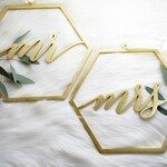 Mr Mrs Geometric Hexagon Laser Cut Wood Chair Signs | Wedding Décor | Bride and Groom | Modern Calligraphy