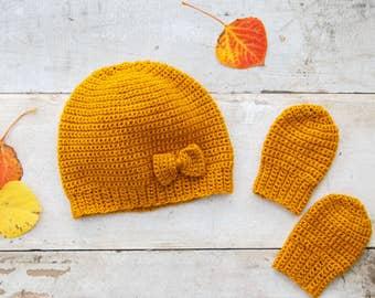 Crochet Fall Baby Hat and Mitt's
