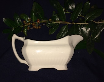 Holiday Special White Antique Ironstone Gravy Boat Saucier Sauceboat English 1800s