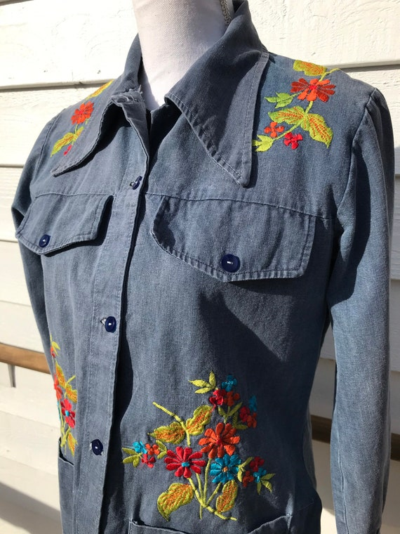1970's Embroidered Denim Shirt - image 6