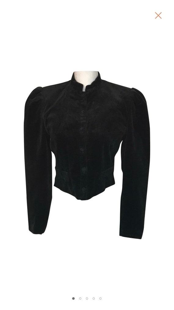 Vintage. 1970 Cacharel Paris velvet blazer