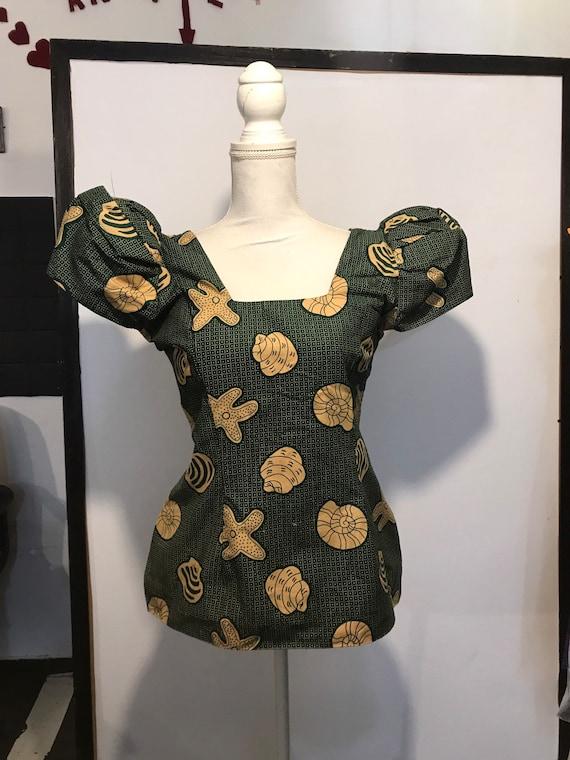 Vintage . 1970 buttoned shoulders blouse . Sea pa… - image 2
