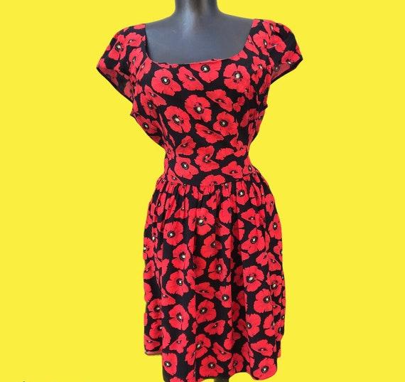 Vintage dress poppies pattern