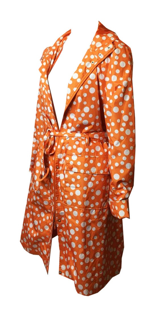 Vintage . Dots raincoat