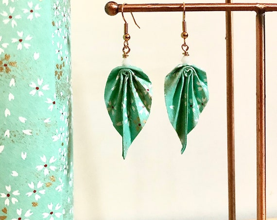 Origami leaves earrings sea-green small white and gold flowers japanese paper golden brass white swarovski pearl