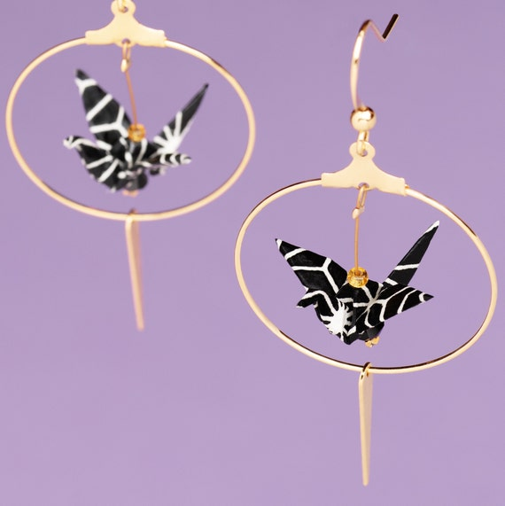 Origami cranes hoop black and white earrings