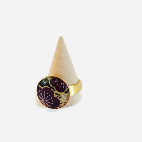 Adjustable golden washi ring