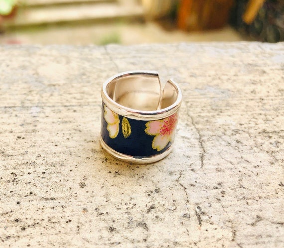 Royal blue and gold ring flowers pattern japanese paper waterproof resin curved edge adjustable size large design