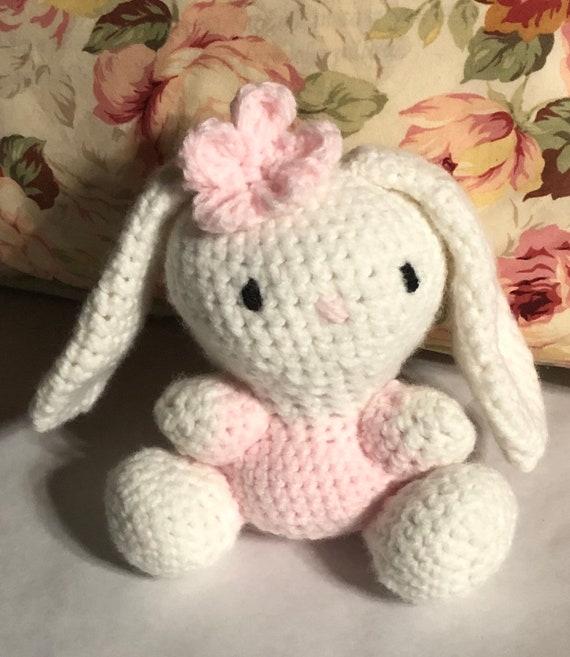 Long Eared Bunny Crochet Pattern Video Instructions | 657x570