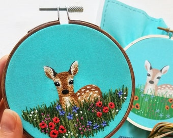 Wildflower meadow fawn embroidery design, baby deer hand embroidery kit, DIY woodland animal craft project, nursery wall art