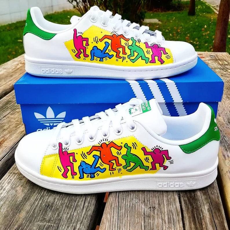 ff5544cdd58396 Custom Adidas stan smithKeith Haringdancing peoplecustom
