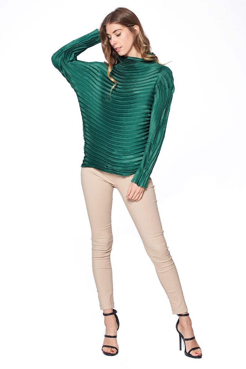 Pleated Diara Top Green L474-2