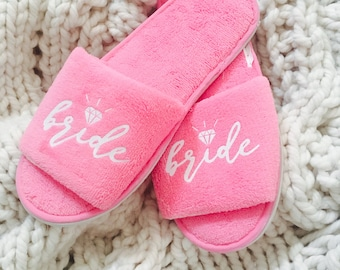 d2c394e1c603a Bridal slippers | Etsy
