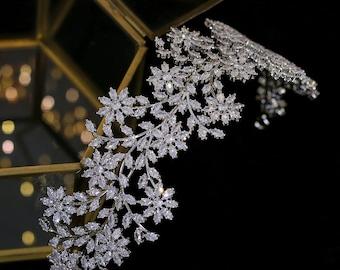 Luxury  Cubic Zirconia Flower Rhinestone Wedding Headband Elegant Leaf Design Crystal Wedding Hairpiece Bridal Silver Head Piece