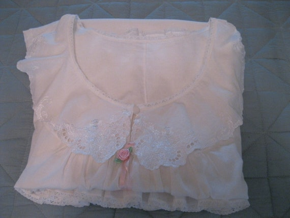 Victorian Chemise and Knickers / Antique Sleepwear - image 7