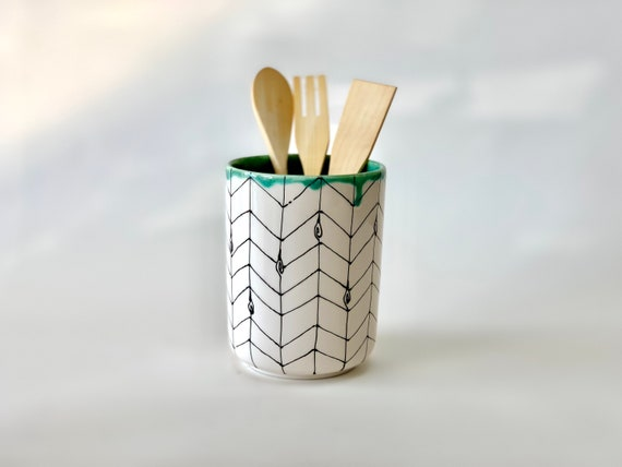 Modern Utensil Holder Ceramic Kitchen Utensil Caddy Handmade Pottery  Kitchen Decor Hand thrown Utensil Keeper