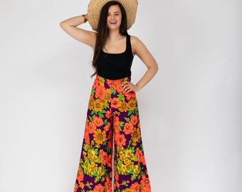 169d74db490bb Vintage High Waisted wide leg Palazzo Pants with bright Hawaiian Floral  flower Pattern