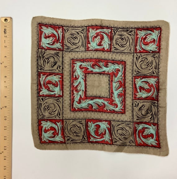 Vintage Retro 1940s Hankie with feather like print