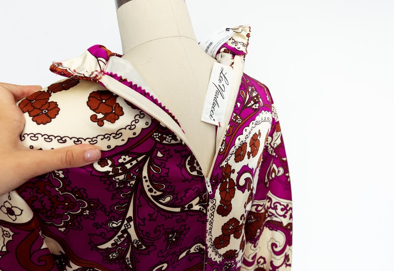 Vintage Designer Leo Narducci 1960/'s Structured Long Sleeve Dress with Mock Neck and Bold Psychedelic Paisley Print