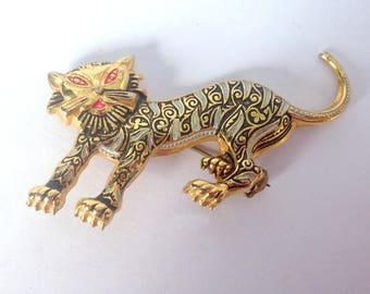Vintage Gold Tiger Pin or Brooch / Made in Spain / A Very Cool Cat! / Damascene Jewelry