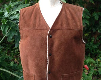 a75bbb80ef2 1970 s Vintage Hippie Boho Suede Sherpa Vest   Classic Ranch Western    Outdoors   Size Med Regular   Sears Leather Shop   Cowboy Old School