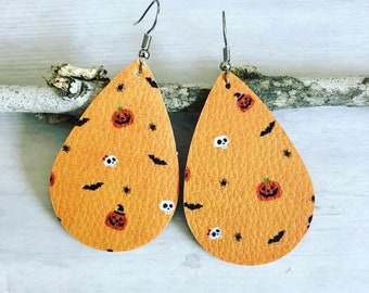 Halloween Skulls Pumpkins Leather Earrings// Skull Teardrop Earrings// Halloween Leather Inspired Earrings// Pumpkin Skulls Earrings